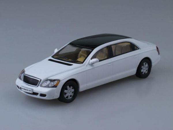 """Изображение модели Maybach 62 журнала """"Суперкары. Лучшие автомобили мира"""""""