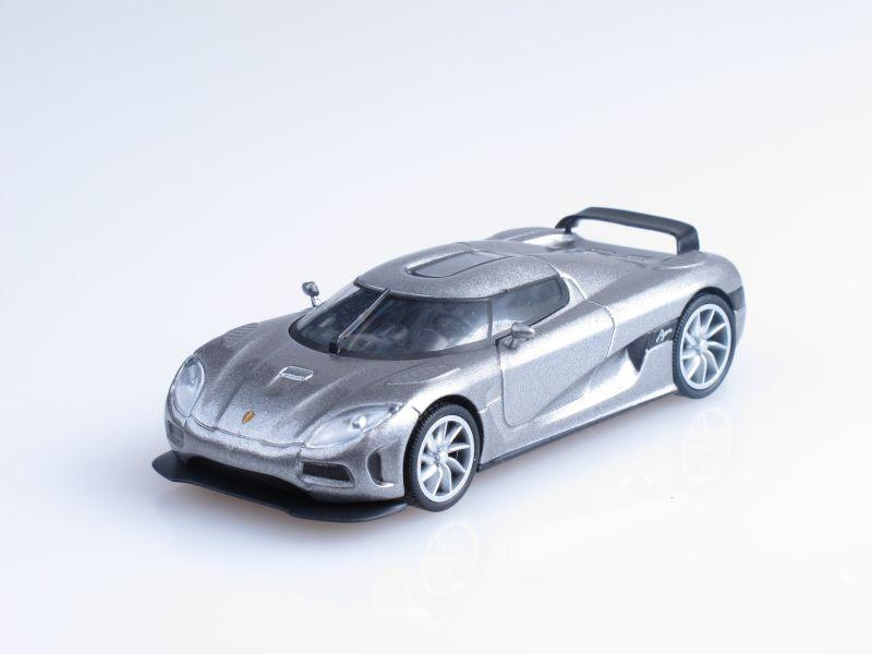 """Изображение модели Koenigsegg Agera журнала """"Суперкары. Лучшие автомобили мира"""""""