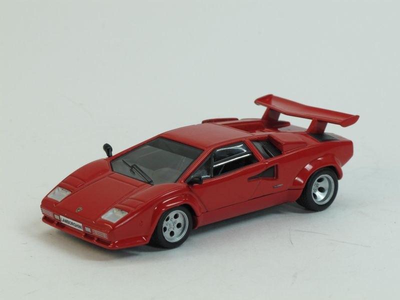 """Изображение модели Lamborghini Countach LP 500S журнала """"Суперкары. Лучшие автомобили мира"""""""