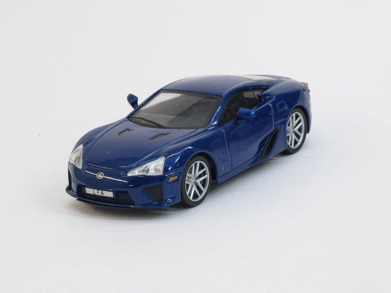 """Изображение модели Lexus LFA журнала """"Суперкары. Лучшие автомобили мира"""""""