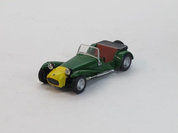 """Изображение модели Lotus Seven журнала """"Суперкары. Лучшие автомобили мира"""""""