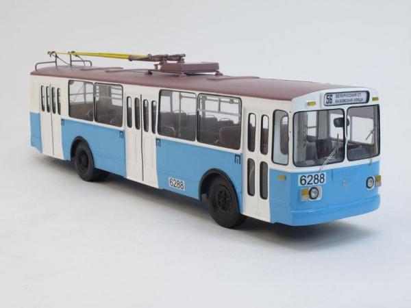 ЗИУ-682Г г. Москва, 6-й парк/2000-е (Vector-Models) [1991г., Бело-голубой, 1:43]