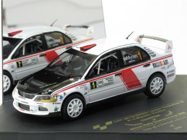 Mitsubishi Lancer Evolution IX - #1 H.MIYOSHI / H.ICHINO (Vitesse) [2005г., Белый, 1:43]