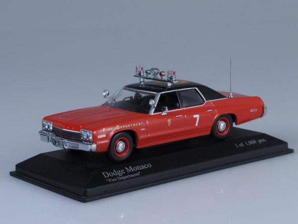 Dodge Monaco (Minichamps) [1974г., Красный, 1:43]