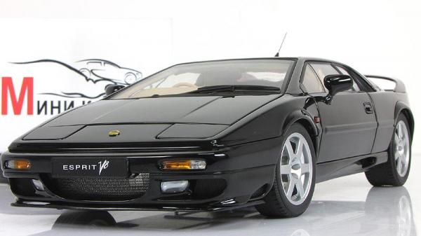 LOTUS ESPRIT V8 (Autoart) [1975г., Черный, 1:18]