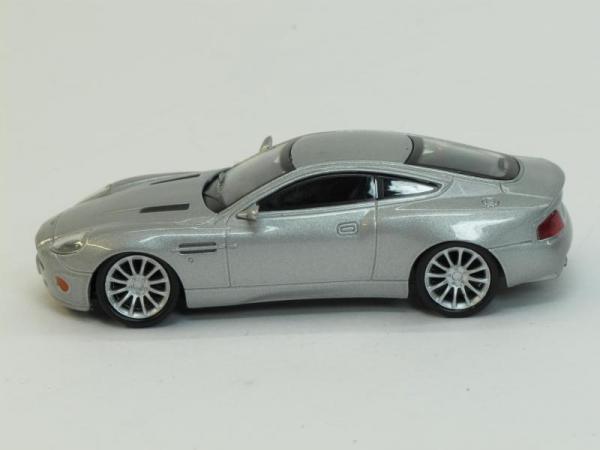 Aston Martin V12 Vanquish 1 (DeAgostini (Суперкары мира)) [2007г., Серебристый металлик, 1:43]