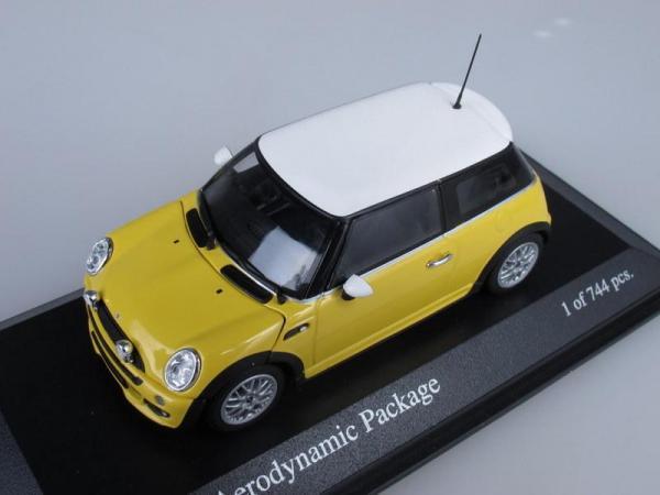 Mini One Aerodynamic Package (Minichamps) [2002г., Желтый с белым, 1:43]