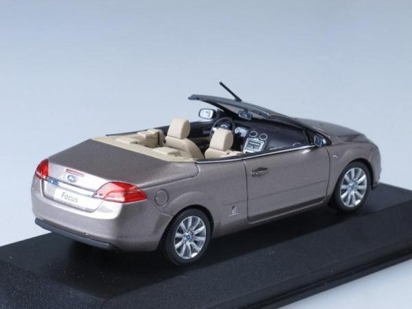 Ford Focus Coupe Cabriolet (Minichamps) [2011г., Светло-серебристый металлик, 1:43]
