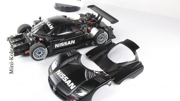 NISSAN R390 GT1 LEMANS 1997 TEST CAR (Autoart) [1997г., Черный, 1:18]