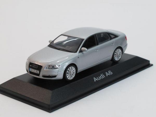 Audi A6 (Minichamps) [2004г., Серебристый металлик, 1:43]