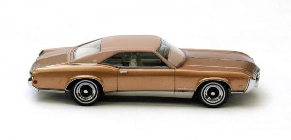 Buick Riviera GS (Neo Scale Models) [1969г., Золотой металлик, 1:43]