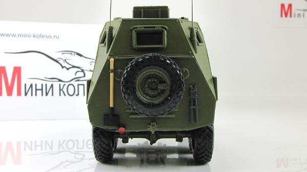 Бронетранспортер БТР-152 КШМ (командно-штабная машина) (ALF) [хаки, 1:43]