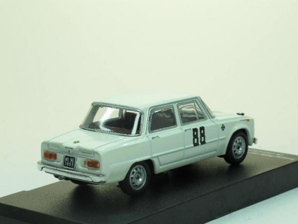 Alfa Romeo Giulia T.I. Super 1963 - #88 (Alfa Romeo Sport Collection) [1963г., Белый, 1:43]