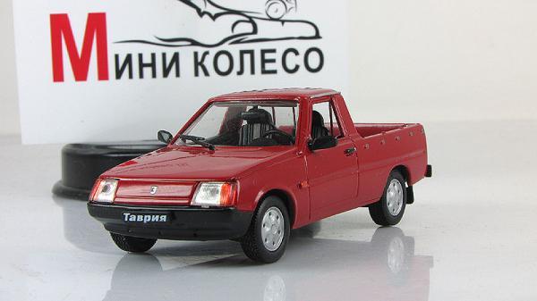 ЗАЗ-11055 пикап (ALF) [1992г., Красный, 1:43]