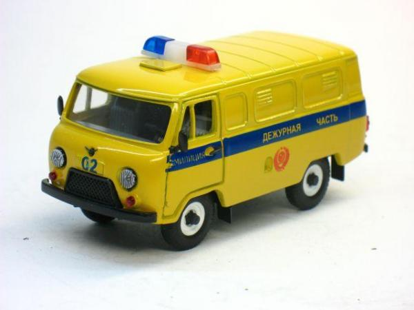 УАЗ-3741 Милиция дежурная часть (Тантал) [1965г., Лимонный с синей полосй, 1:43]