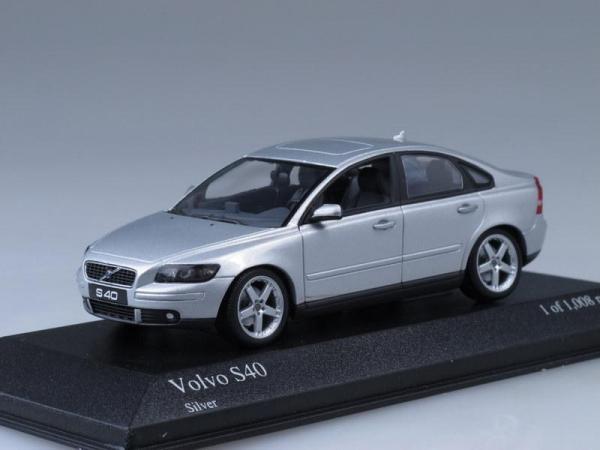 Volvo S40 (Minichamps) [2003г., Серебристый металлик, 1:43]