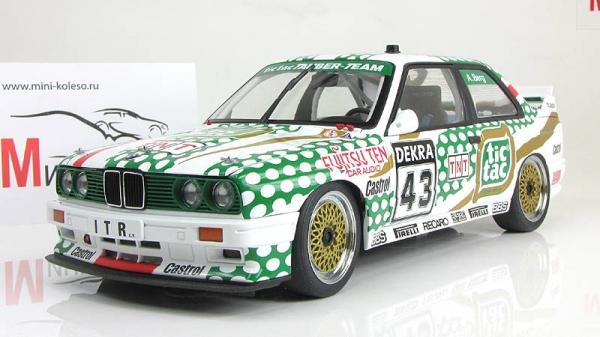 BMW M3 DTM (Autoart) [1982г., белый/зеленый, 1:18]