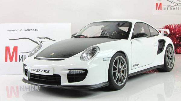 PORSCHE 911(997) GT2 RS (Autoart) [2010г., Белый, 1:18]