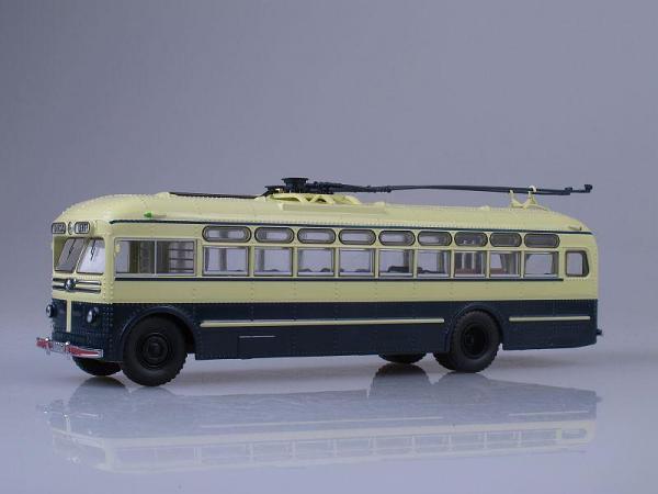 МТБ-82Д (Start Scale Models (SSM)) [1946г., Бежевый и темно-синий, 1:43]