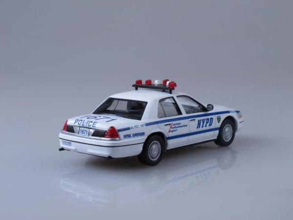 ford crown victoria, полиция нью-йорка