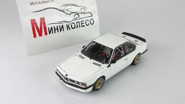 BMW 635 CSi Plain Body Version - white (Autoart) [1983г., Белый, 1:43]