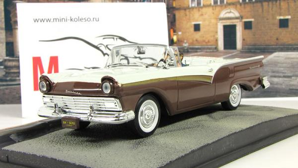 FORD Fairlane Skyliner Die Another Day (Atlas/IXO) [2002г., Коричневый/бежевый, 1:43]