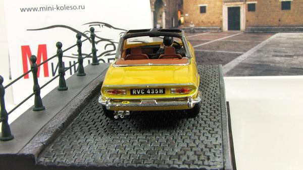 Triumph Stag Diamonds Are Forever 1971 Yellow (Atlas/IXO) [1971г., Желтый, 1:43]