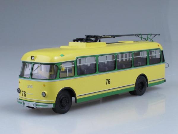 "КТБ ""Киев-4М"" (Vector-Models) [1967г., Желтый с зеленым, 1:43]"