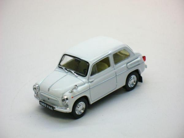 ЗАЗ-965Э «Ялта» (Наш Автопром) [1963г., Белый, 1:43]
