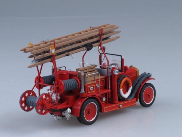АМО Ф-15 пожарный насос (Vector-Models) [1924г., Красный, 1:43]