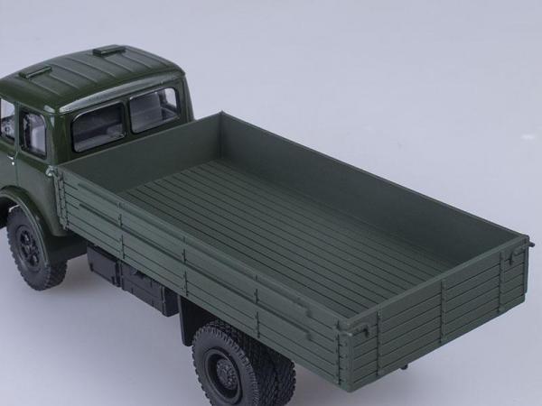 МАЗ-500 бортовой (Наш Автопром) [1965г., Темно-зеленый, 1:43]