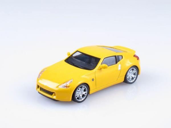 Nissan 370Z (DeAgostini (Суперкары мира)) [2008г., Желтый, 1:43]