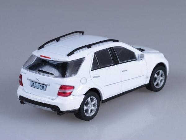 Mercedes-Benz ML500 (DeAgostini (Суперкары мира)) [2000г., Белый, 1:43]