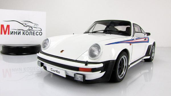 "PORSCHE 911 3.0 TURBO - WHITE WITH ""MARTINI"" STRIPES (Autoart) [1976г., Белый, 1:18]"