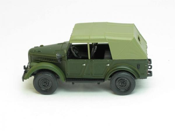 ГАЗ-69А с тентом (Наш Автопром) [1952г., Зелено-матовый, 1:43]