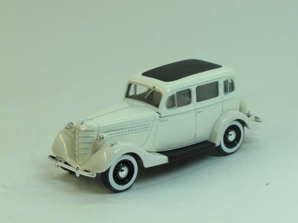 ГАЗ 11-73 (Наш Автопром) [1940г., Белый, 1:43]