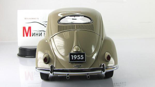 VOLKSWAGEN BEETLE KAEFER LIMOUSINE (Autoart) [1955г., бежевый, 1:18]