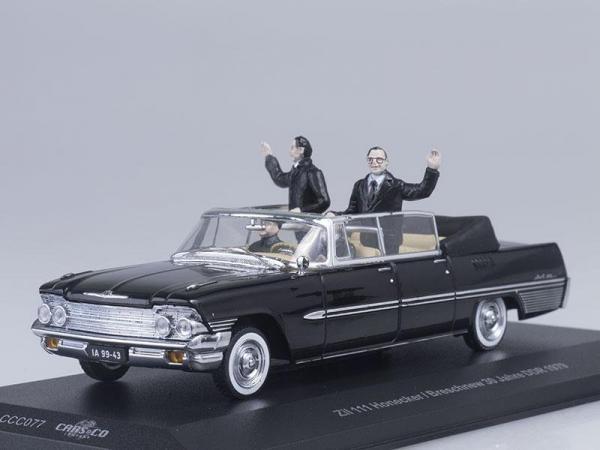 ЗиЛ-111Д c фигурами Э.Хонеккера и Л.И.Брежнева 30-я годовщина ГДР (IST Models) [1979г., Черный, 1:43]