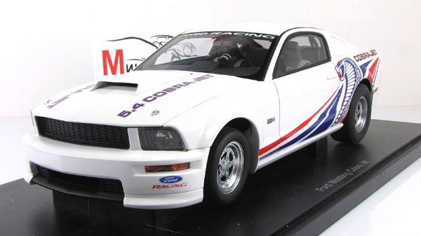 FORD MUSTANG COBRA JET (Autoart) [2009г., Белый, 1:18]