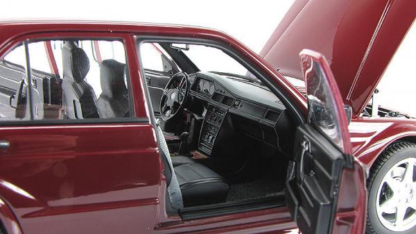 MERCEDES-BENZ 190E 2.5-16V EVO2 (Autoart) [1990г., Бордовый, 1:18]