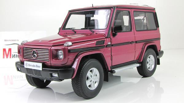 MERCEDES-BENZ G WAGON G500 90 (Autoart) [1998г., Розовый, 1:18]