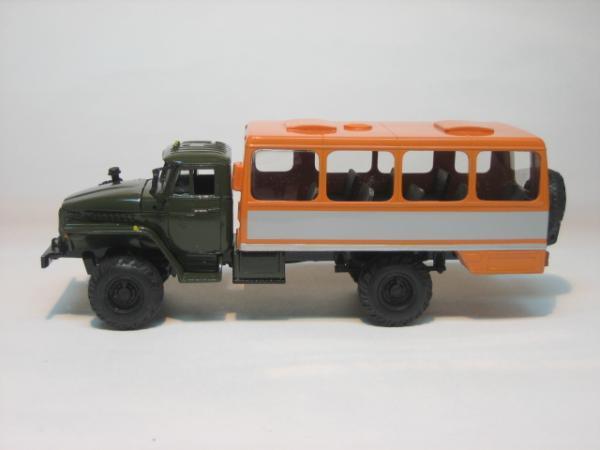 """Урал-4320 """"Вахта"""" (MD Models) [1991г., Хаки с оранжевым, 1:43]"""
