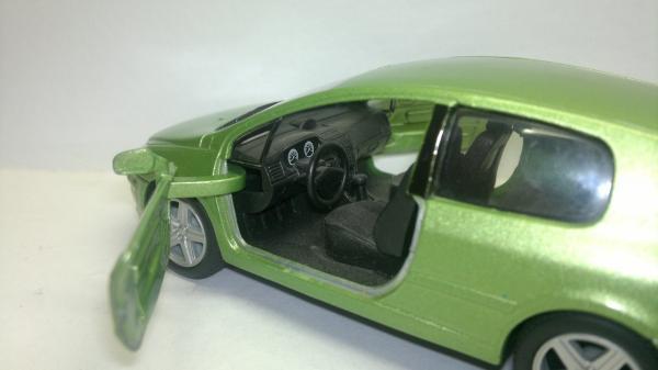 Peugeot 307 XSI (Kinsmart) [2001г., Салатовый металлик, 1:32]
