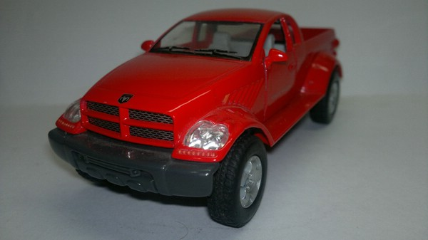 Dodge Power Wagon (Kinsmart) [1995г., Красный, 1:42]