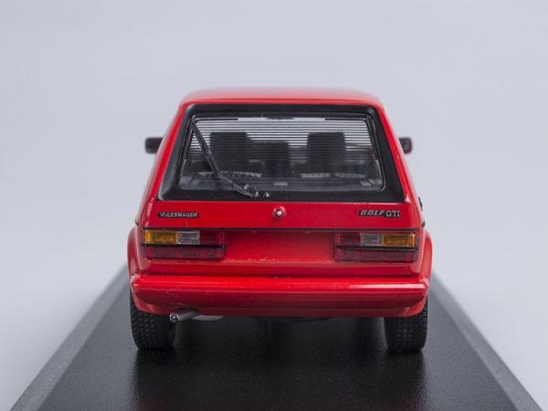 Volkswagen Golf GTI (Minichamps) [1983г., Красный, 1:43]