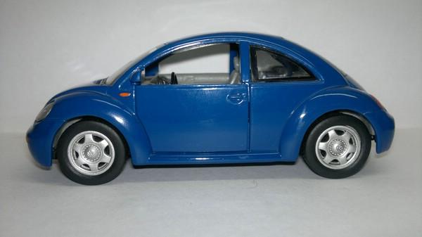 Volkswagen New Beetle (SunnySide) [1997г., Синий, 1:32]
