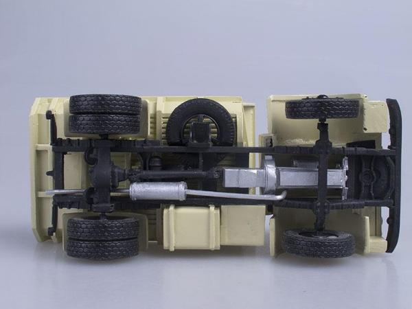МАЗ-510 (D.N.K.) [1962г., Песочный, 1:43]