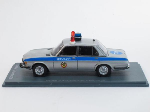 BMW 2500 E3, милиция СССР г. Москва (Neo Scale Models) [1968г., Серебристый металлик с синей полосой, 1:43]