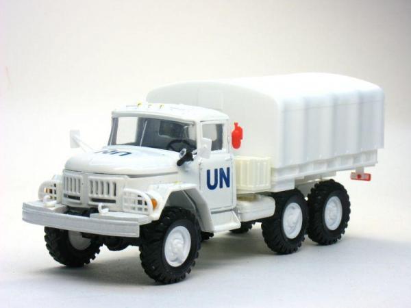 ЗИЛ-131 с тентом «ООН» (UN) (Элекон) [1966г., Белый, 1:43]
