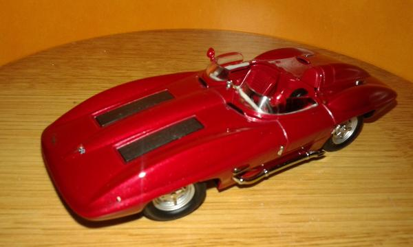 Chevrolet Corvette Stingray (Autoart) [1959г., красный, 1:43]